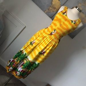 💛Yellow Dress with tropical designs